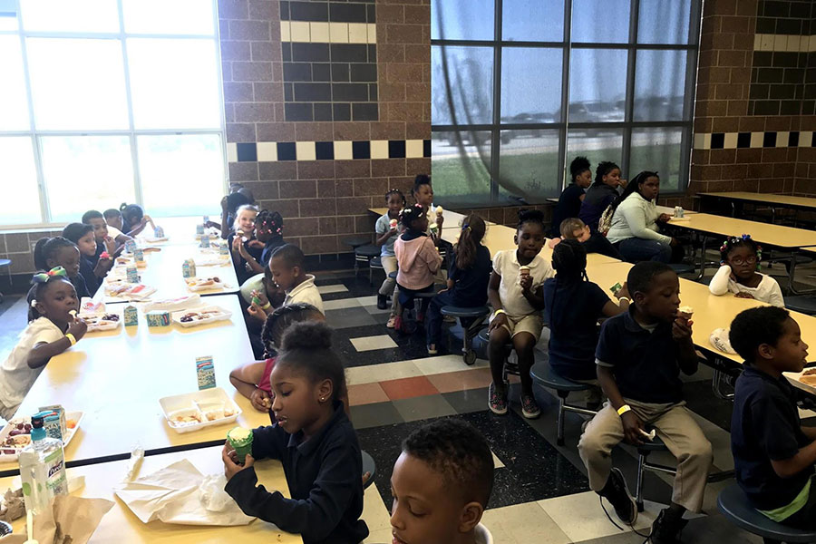 Students eating in lunchroom