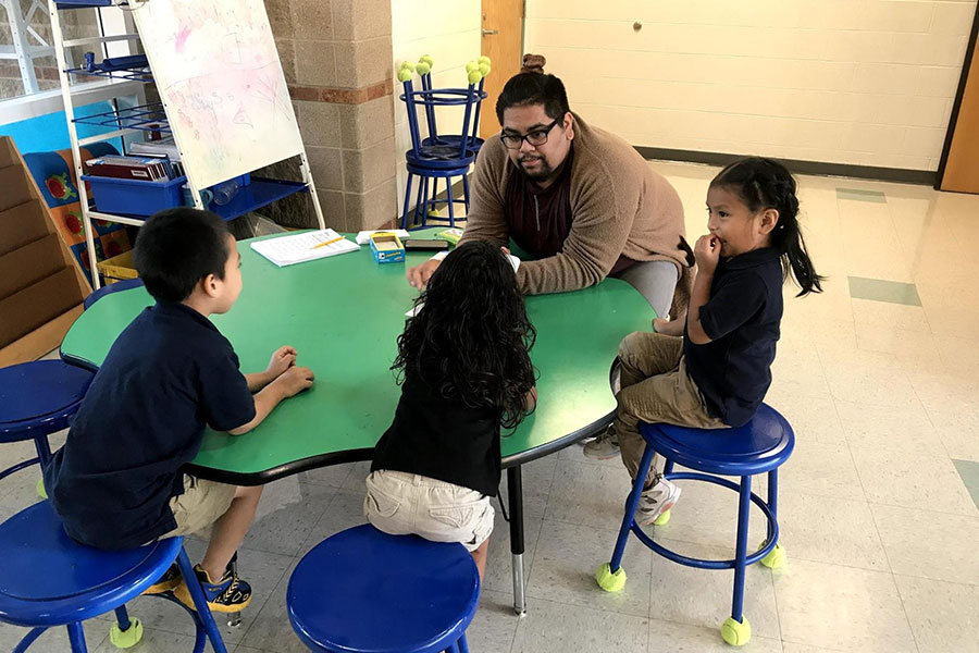 Kindergarteners getting extra help with their English skills